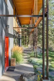 chechaquo cabin natural modern mountain cabin design