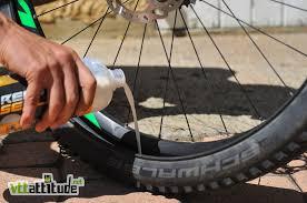 pneu vtt tubeless ou chambre à air installer un kit tubeless ready