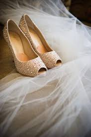 Red Barn Shoes You U0027ll Love This Incredible Upcycled Wedding At Red Barn Weddings