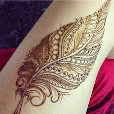 breathtaking feather tattoo designs to get inspried arabic henna