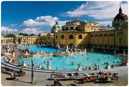 bagno termale e piscina széchenyi terme di budapest