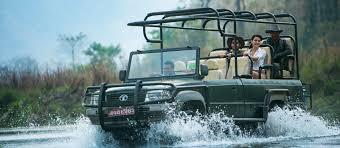 land rover jungle banjaar tola kanha national park luxurious wildlife jungle lodges