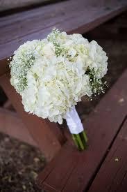 white hydrangea bouquet diy white hydrangea and baby s breath bouquet