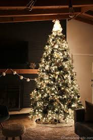 remodelaholic how to decorate a tree step by step day 8