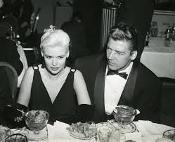 jane mansfield golden globe moment jayne mansfield is back in town 1956