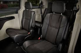 2015 chrysler town u0026 country reviews and rating motor trend