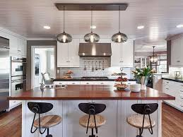 kitchen island used how many pendant lights should be used a kitchen island for