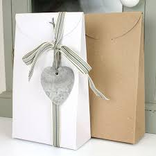 wedding gift boxes uk 3 large recycled taper gift boxes 2 colours pipii