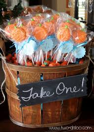 Halloween Themed Baby Shower Decorations by Halloween Decorations For Baby Shower Best 25 Fall Baby Showers