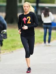 Gwyneth Paltrow The Best Workout Gear According To Gwyneth Paltrow Whowhatwear