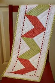 zig zag table runner zigzag ricrac table runner favequilts com