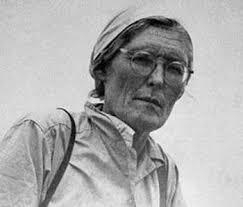 biografia julio c tello resumen 15 de mayo nacimiento de la historiadora maría reiche