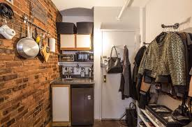 square foot or square feet would you ever pay 775 month for this 90 square foot apartment in