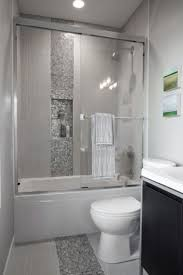 Modern Bathroom Shower Ideas by Best 20 Small Bathroom Showers Ideas On Pinterest Small Master