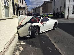 police ferrari newly weds crash rented ferrari 458 spider into a wall