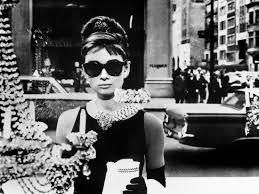 diamant sur canapé hepburn dans diamants sur canapé 1961 les lunettes de