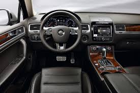 volkswagen jeep touareg review the 2012 volkswagen touareg tdi combines comfort u0026 miserly