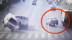 chinese optical illusion car crash leaves viewers baffled video