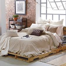 Cover Bed Frame Top 62 Recycled Pallet Bed Frames Diy Pallet Collection