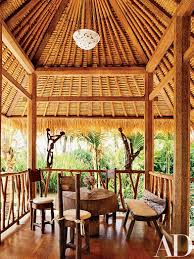 made wijaya designs a plantation style home on the arabian sea