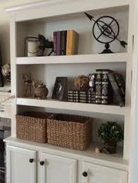 Built In Bookshelves Around Fireplace by Fake Built Ins 25 Bright Ideas For Incorporating Open Shelves