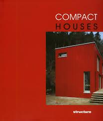compact houses carles broto 9788496263109 amazon com books