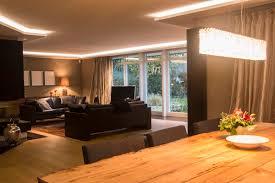 Wohnzimmerdecke Modern Wohnzimmer Beleuchtung Modern Wohnzimmerbeleuchtung Beispiele Und