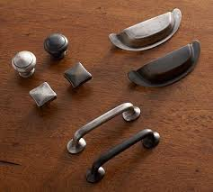 Kitchen Handles For Cabinets 76 Best Cabinet Hardware Images On Pinterest Cabinet Hardware