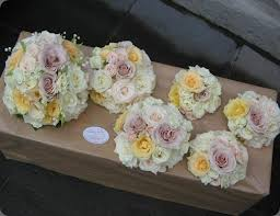 wedding flowers delivery 8 best flower storage transport ideas images on