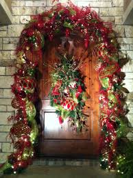 entry way u0026 front door christmas decorating ideas christmas