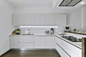 moderni virtuvė baltas blizgus mdf arras design