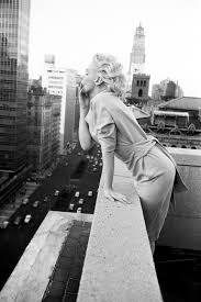 The Monroe House by Marilyn Monroe U0027s Beloved Brentwood Home For Sale Vanity Fair