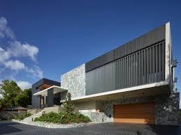 contemporary house in brisbane by matt martoo architecture