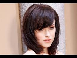 how to cutting bangs in a layered hairstyle 30 shoulder length hairstyles with bangs and layers shoulder