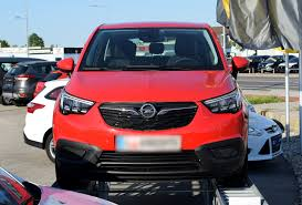File 2017 Opel Crossland X Front Red 2 Crop Jpg Wikimedia Commons
