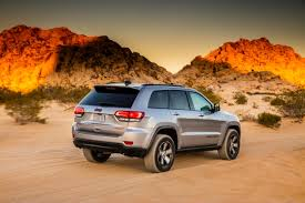 trailhawk jeep first drive 2017 jeep grand cherokee trailhawk carfax blog