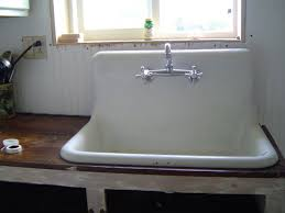 Vintage Sink Faucet White Old Kitchen Sink Made Of Ceramic Material And Stainless