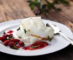 saisonküche meringue mit doppelrahm und walderdbeeren rezept saisonküche