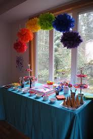 My Little Pony Party Centerpieces by Best 25 Rainbow Centerpiece Ideas On Pinterest Birthday