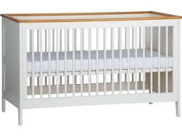 chambre b b evolutive lit bébé 140x70 évolutif mobilier chambre à coucher bébé fille