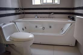 1 800 square feet apartment for rent in clifton block 4 karachi