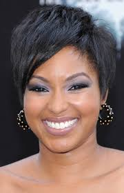 Short Hairstyles For Girls With Thick Hair by 5 Tremendous Short Haircuts For Thick Hair African American Cruckers