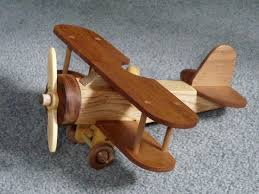 Plans For Wood Toy Trucks by Best 25 Wooden Toy Cars Ideas On Pinterest Wooden Children U0027s