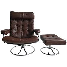 Lounge Ottoman Brown Leather Ekornes Stressless Lounge With Ottoman 1960