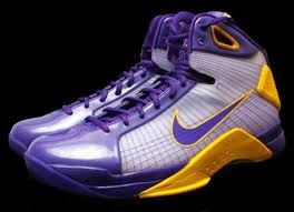 bryant shoes pictures nike hyperdunk bryant pe lakers