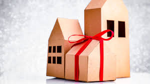 useful housewarming gifts 6 useful housewarming gifts for new homeowners realtor com