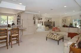 Kris Jenner Bedroom Furniture Bruce Jenner Vs Kris Jenner Who Lives Better Post Divorce
