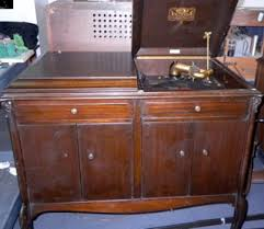 victrola record player cabinet antique victrola record player best 2000 antique decor ideas