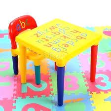 bureau plastique enfant table chaise plastique enfant bureau enfant plastique ensemble de