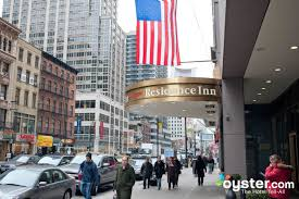 Comfort Inn Times Square Ny Hotels With Views Of The Macy U0027s Thanksgiving Day Parade In New